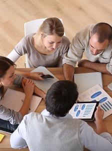 Jak wykorzystywać dane biznesowe budując efektywną strategię HR?